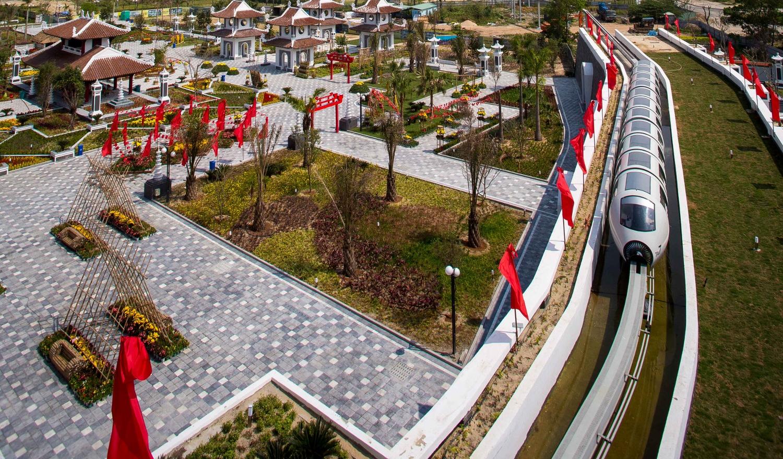 tàu-điện-monorail-asia-park-đà-nẵng